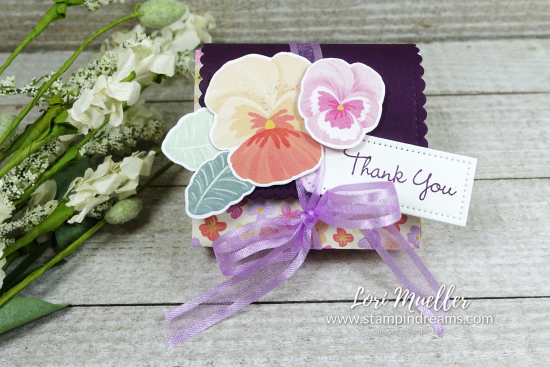 CreativeInkingHop-Pansy Patch Explosion Box Closed-Stampin Dreams- Lori Mueller-DSC04660